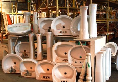 pedestal sinks compressed